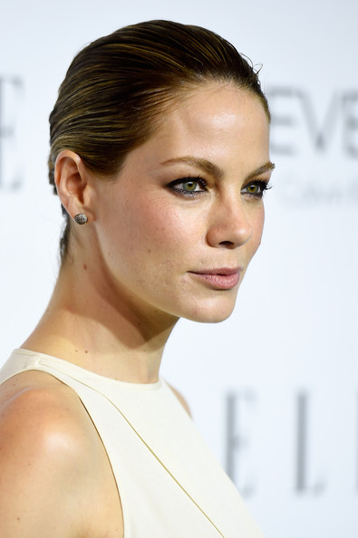Classic Buns to Copy from Celebrities