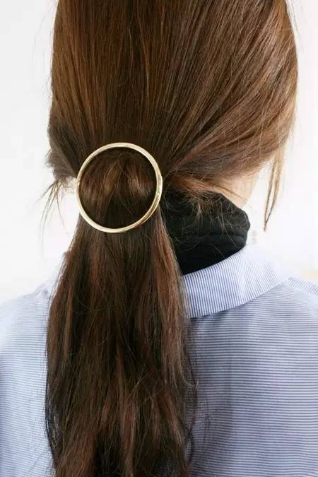 circle hair barrette