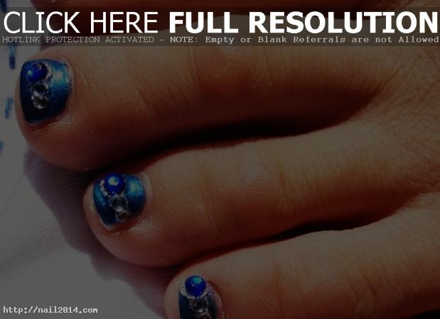 2015 Attractive Nail designs for toes Latest Pics
