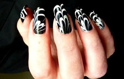 Attractive Wave Nail Gel Designs