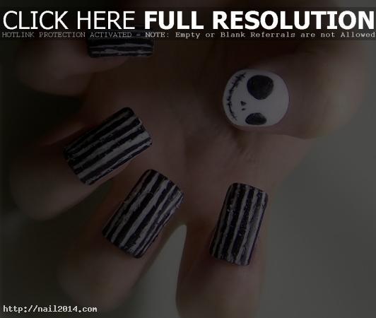 Decent Halloween Nail Art Designs