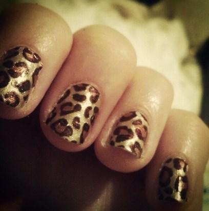 brown patch spike art designs
