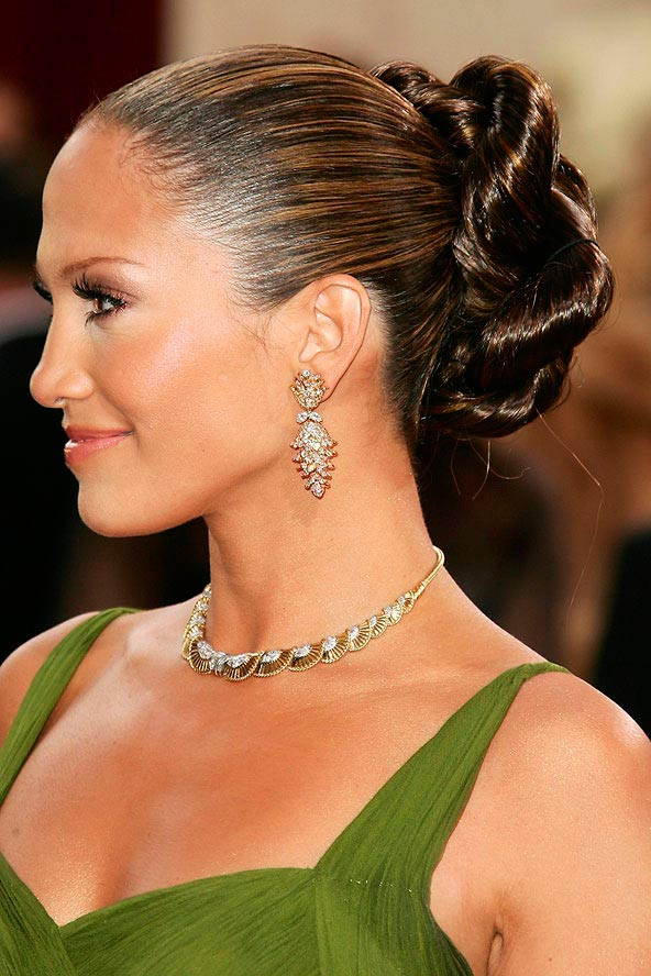 Sleek Hairstyles to Try In 2015