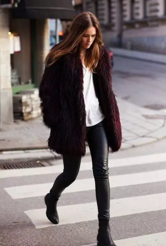 how to wear fur coat